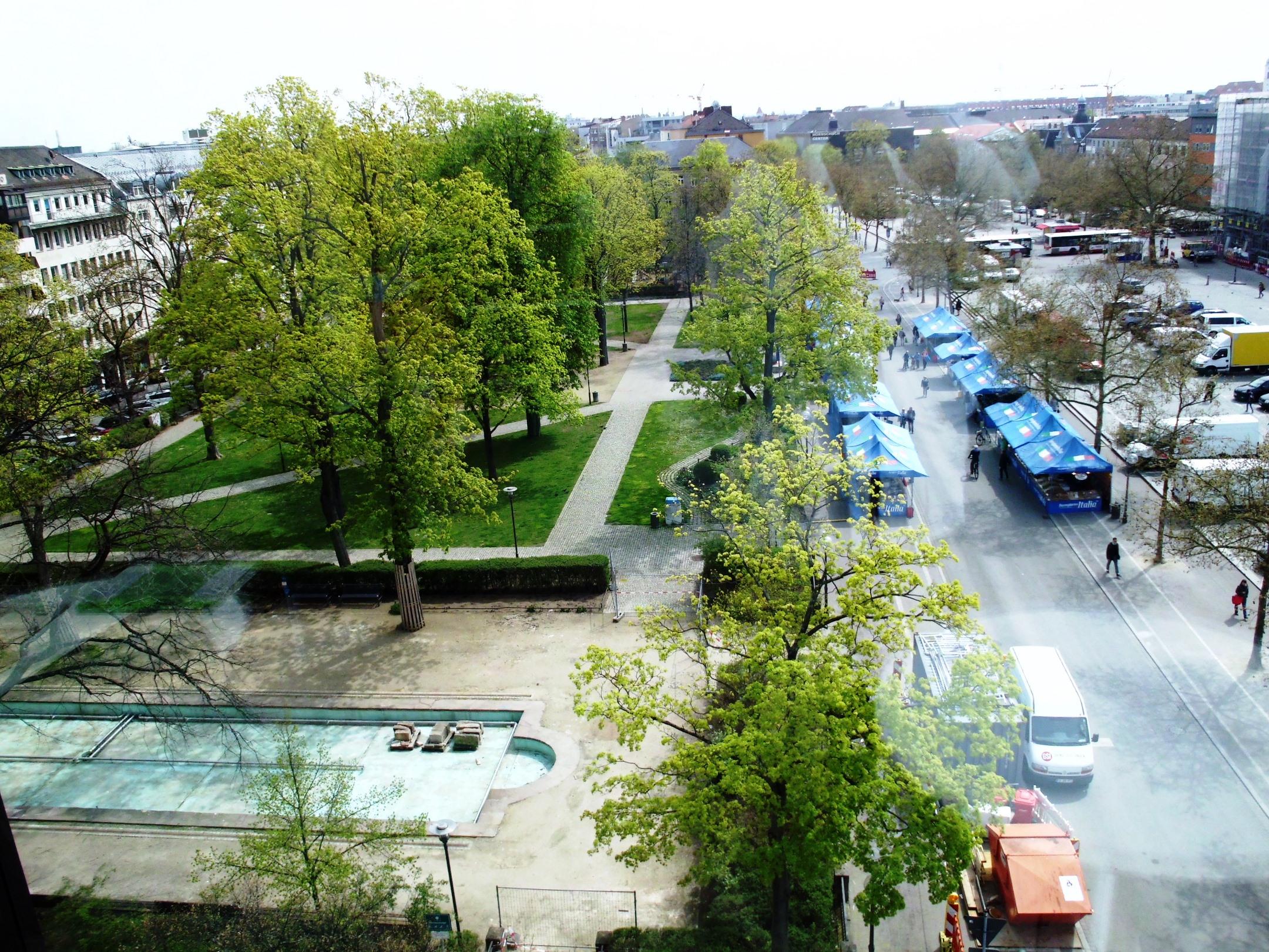 Adenauer-Anlage -aus dem 4. Obergeschoss der neuen Mitte