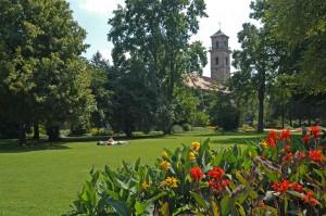 16 Stadtpark mit Kirche